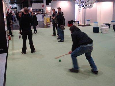 Buchmesse-Hockey an der Leseinsel Junge Verlage