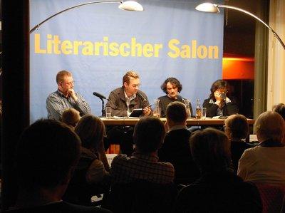 Clemens Meyer, Edo Popovic (Mitte) im Literarischen Salon Hannover